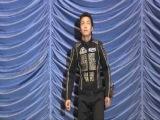 Go-Onger Movie DVD Extras: Gun Pei representando el Opening 2 de Go-Onger