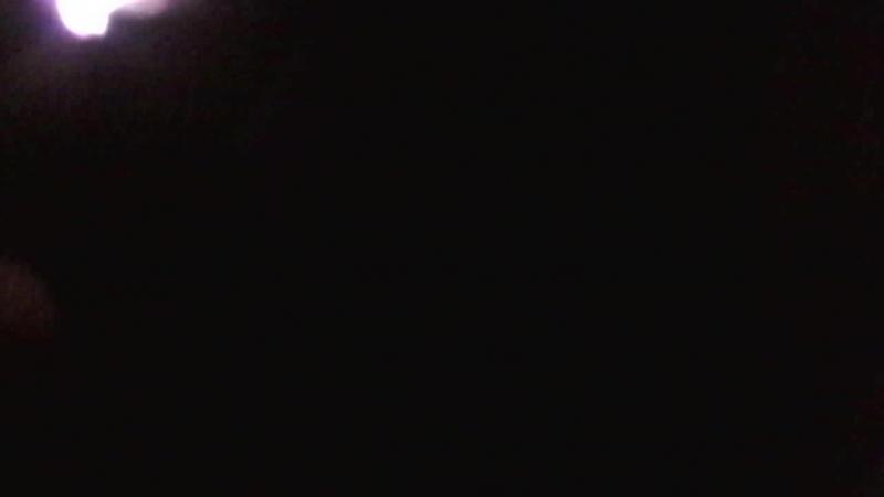 5 петард Корсар 1 в озере ночью