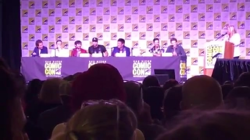 Eoin Macken and Tom Ellis talk about the reallllllllly awkward sex scenes theyve done in the past... - - BraveWarriors EW SDCC