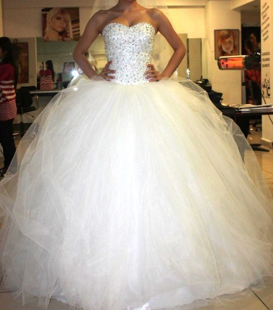 Свадебные платья пышные стразы