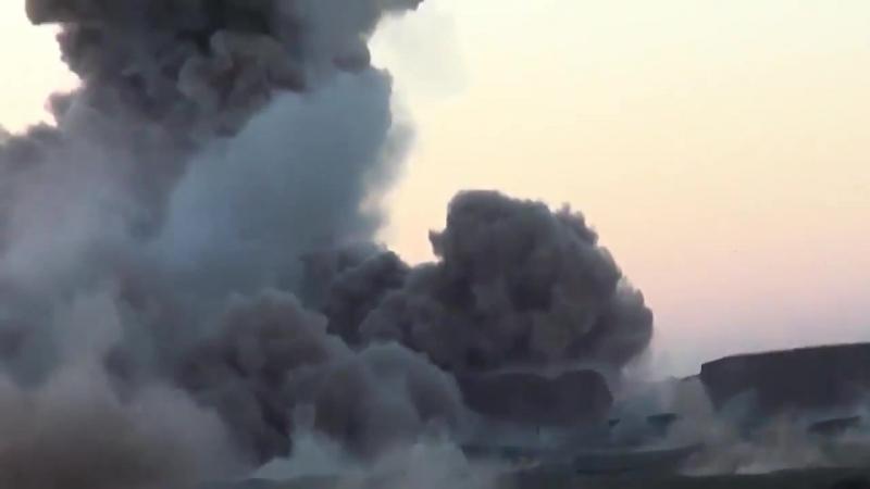 Подрыв шахид мобиля вблизи позиций иракской армии.