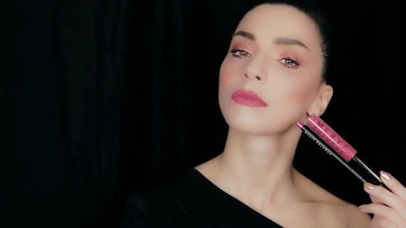 """Merve Boluğur Cosmetics on Instagram: """"""""Pink Diamonds"""" ile cumartesi akşamına hazırsın 💋 gücünüyaşa www.merveboluguroffial.com mervebolugurcosmet..."""