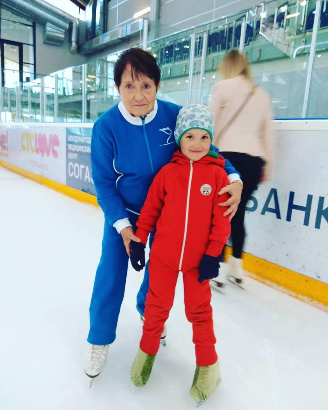 Школа Москвиной, парное катание (Санкт-Петербург, Россия) - Страница 14 6p4MW9FX8Ig