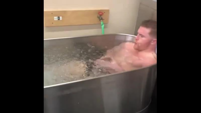 🎬У Канело Альвареса 6-минутная ледяная ванна после КАЖДОЙ тренировки 😧🥶