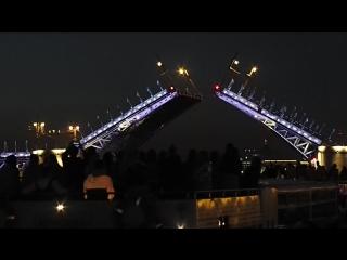 Ночная прогулка по Неве и каналам. Май 2018