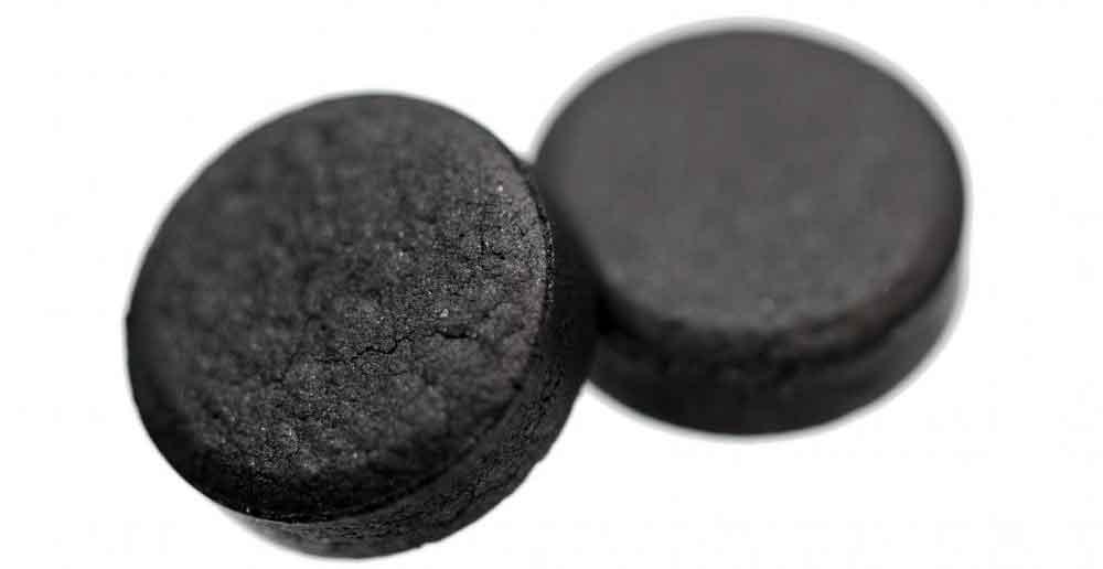 Таблетки древесного угля могут помочь уменьшить количество производимого газа