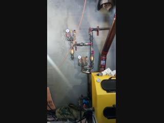 Система отопления , твердотопливный котел ТМФ, стальная обвязка