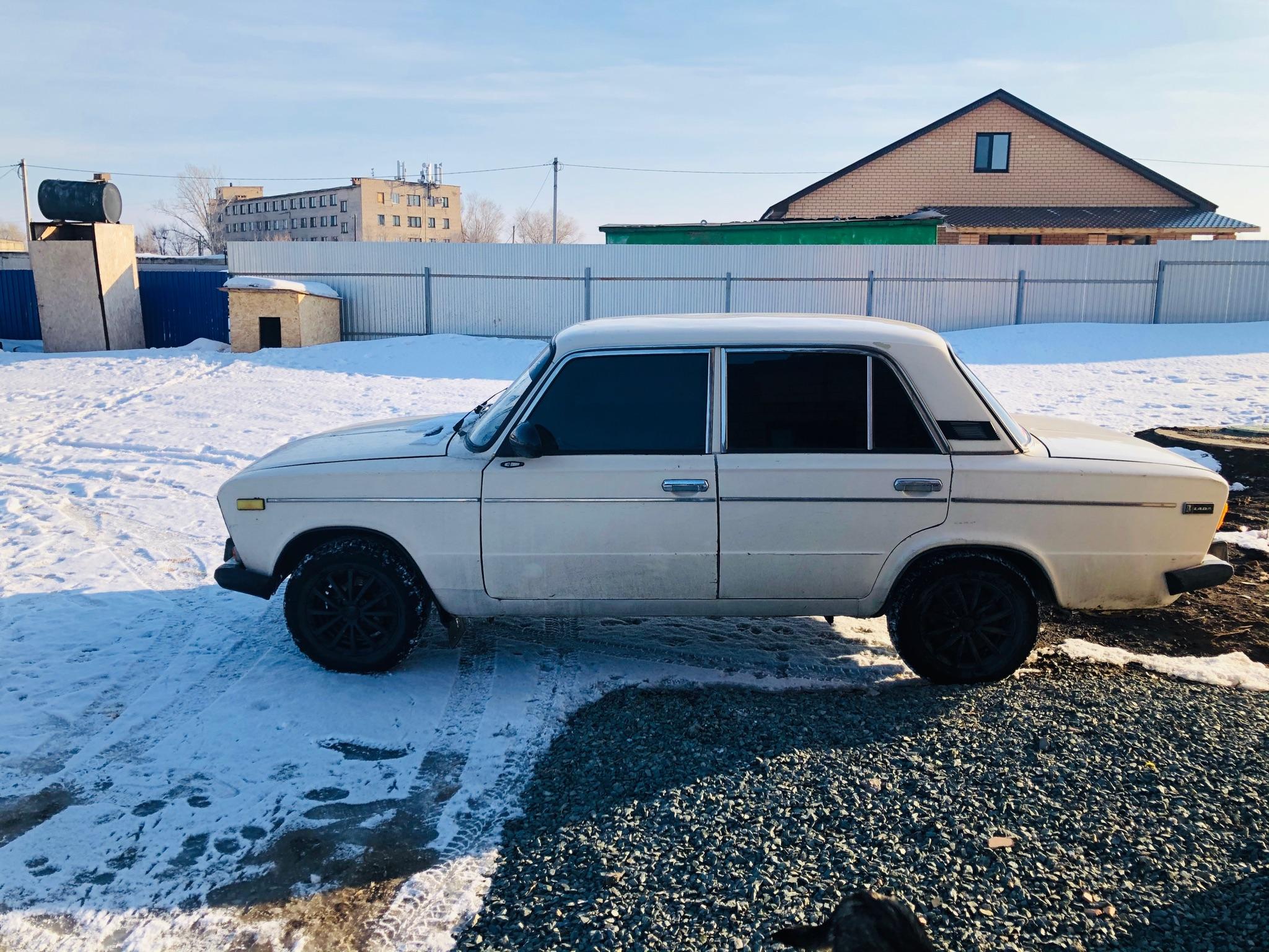 Купить BAZ-2106 40500 цена 1995 года Не гнилая    Объявления Орска и Новотроицка №3037