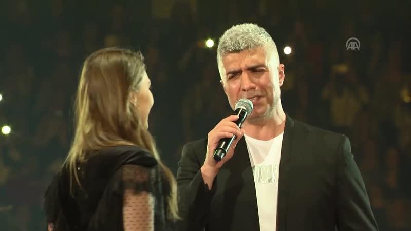 Озджан и Аслы в Тель Авиве репортаж испанского телевидения
