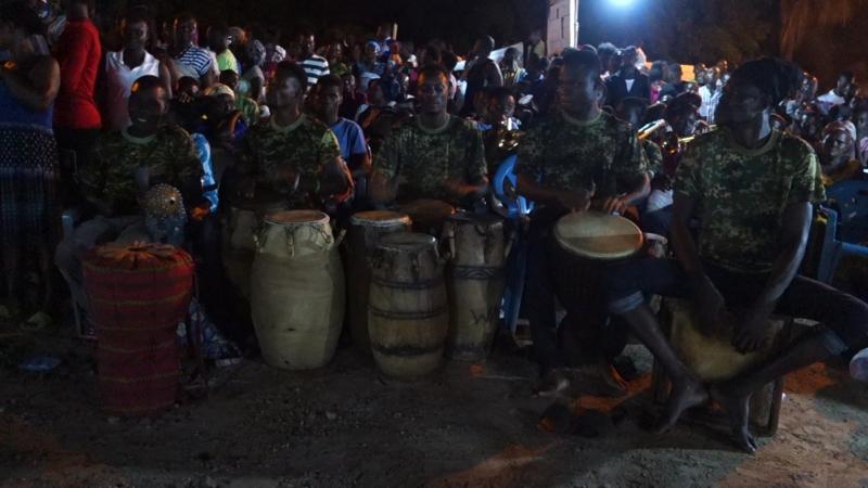 Wala Afo @ Dodowa Fest night 1. by the fireside..mp4