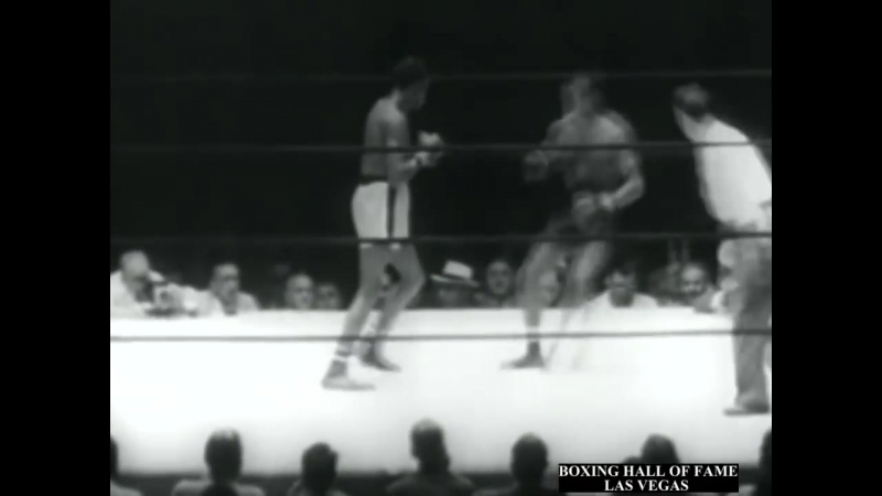Kid Gavilan KOs Gil Turner - 1952 , July 7 (The WAR!)