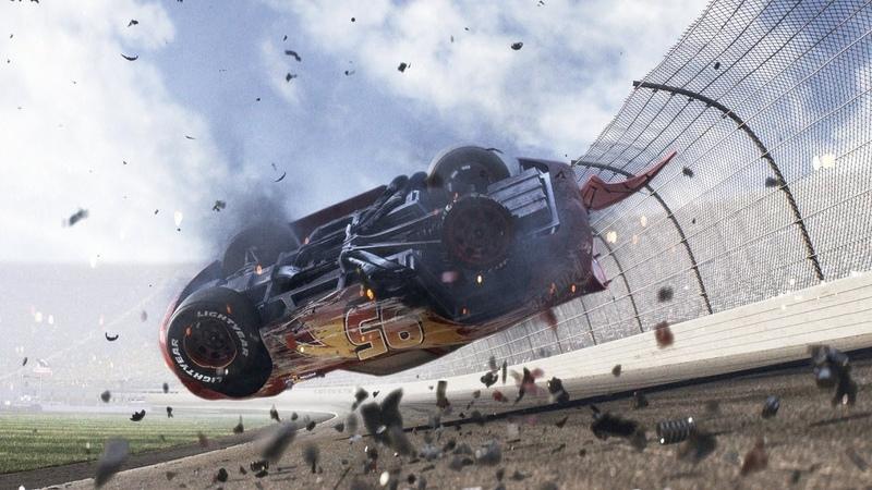 Молния Маккуин попал в аварию в гонке с Джексоном Штормом Тачки 3 2017