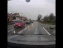 Пешеход обязан убедиться, что ему уступают дорогу