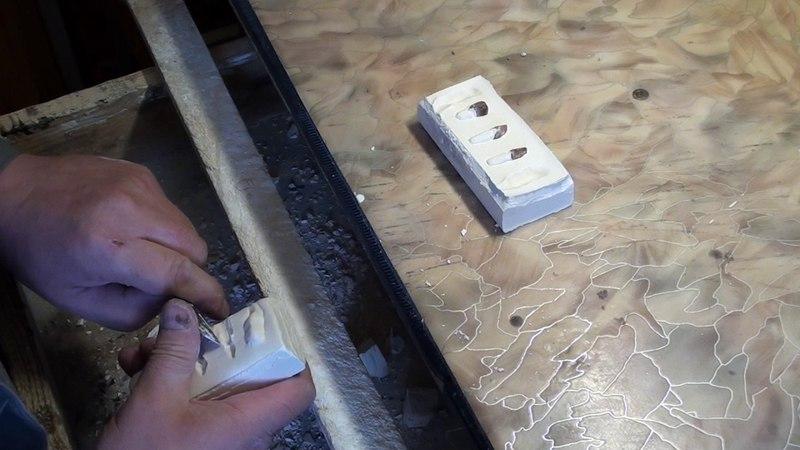 Изготовление зубных штампованных коронок - монатав6 шамсеа5 открываю гипсовый блок со штампиками