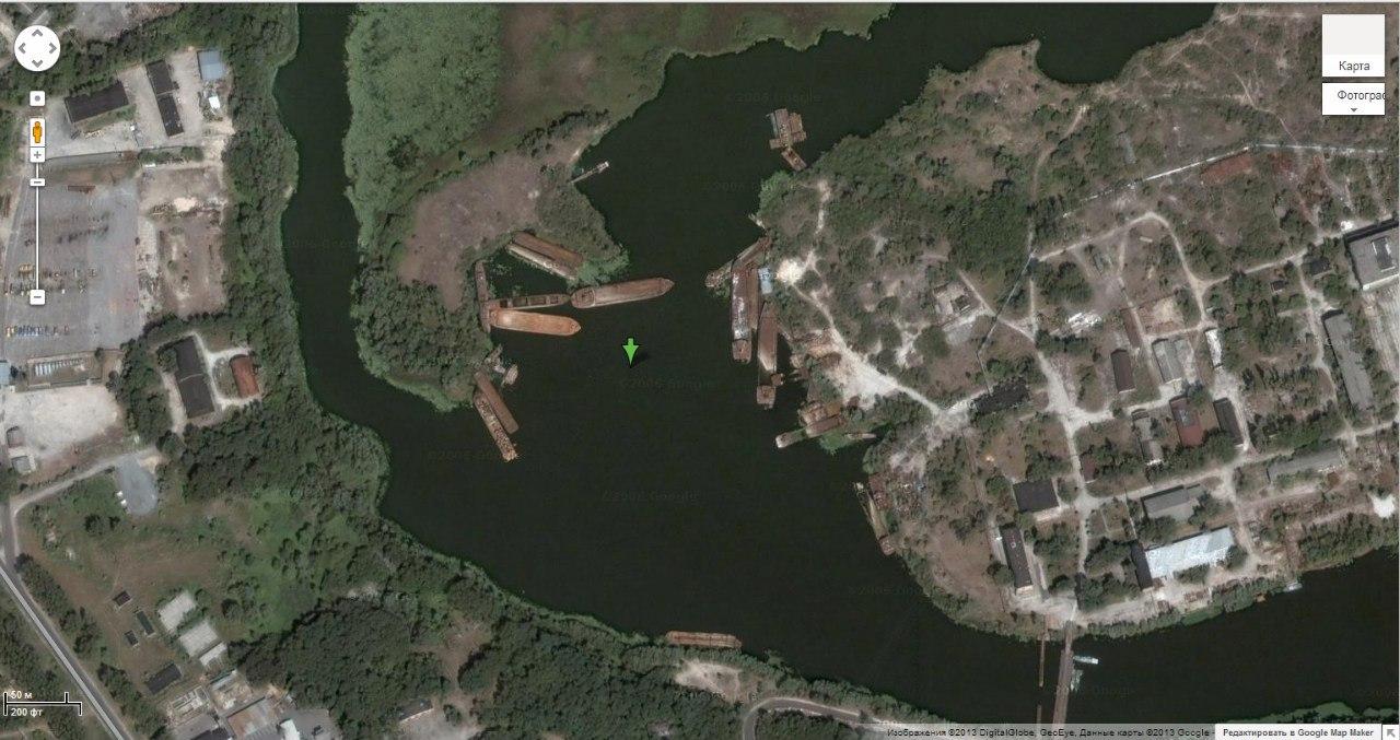 кладбище заброшенных барж Чернобыль снимок со спутника Google 2006
