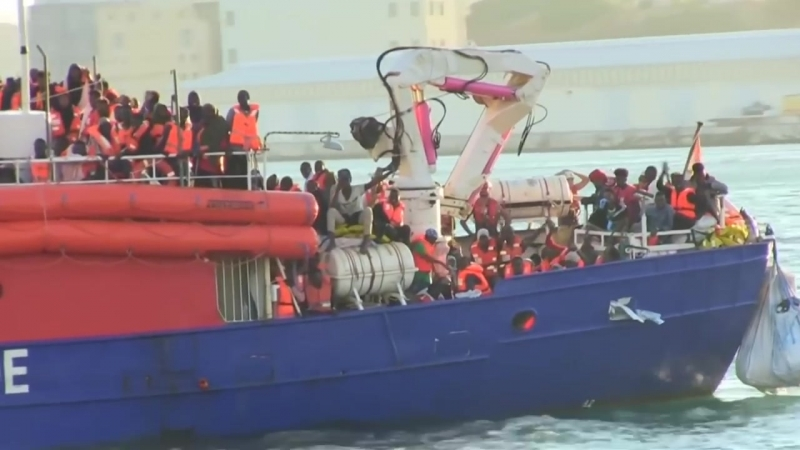 """""""Lifeline""""-Kapitän kommt auf Malta vor Gericht"""