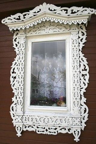 Foto: наличники на окна резные