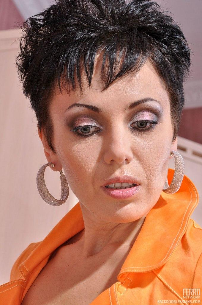 Российская порно звезда виола нимфа только фото, африканские племена видео девушки голых