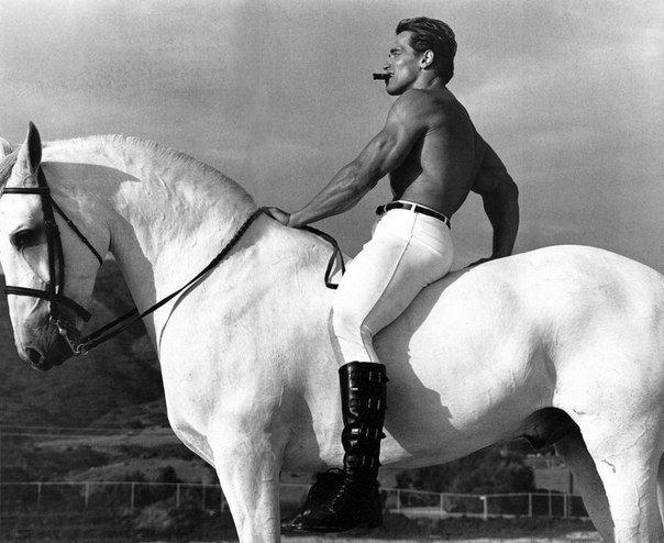 10 самых известных снимков знаменитостей, сделанных легендарным фотографом Энни Лейбовиц.