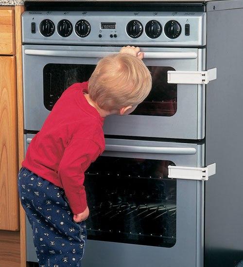Функция защиты от детей очень важна при выборе духового шкафа