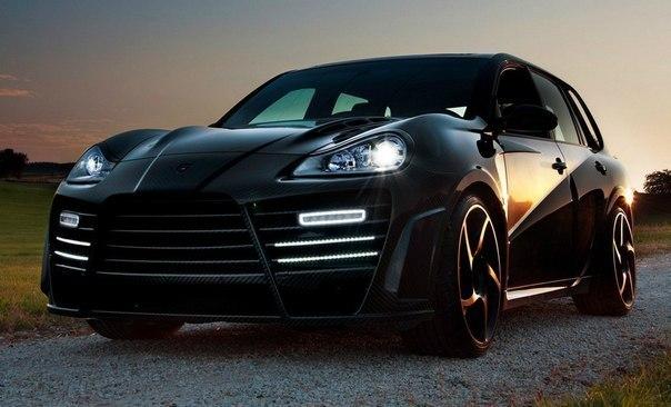 Porsche Cayenne Mansory Chopster Двигатель: Twin Turbo 4806 см³ Мощность: 710 л.с. Крутящий момент: 900 Нм Привод: Полный Разгон до сотни: 4.4 сек Максимальная скорость: 302 км/ч Масса: 2205 кг