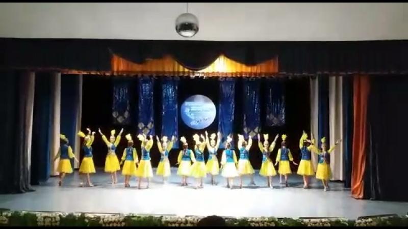 казахский танец Шаттык 2018 года Танцевальный коллектив Сарыарка средняя группа