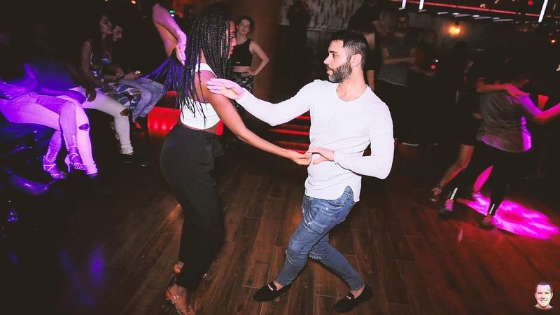 Redian And Ariela @Social Sensual bachata dance [Mala]