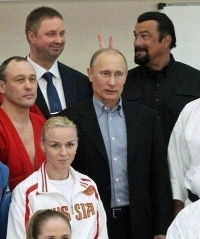 Сигал подколол Путина