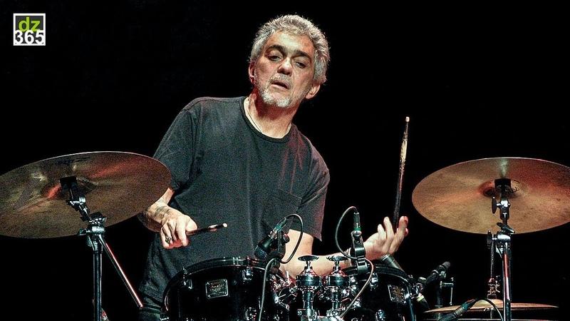Steve Gadd demos his favorite flam exercises on drums