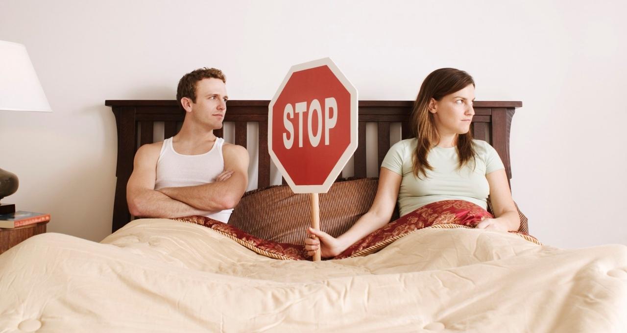 Моя жена разрешила присоединиться к нам другу во время секса