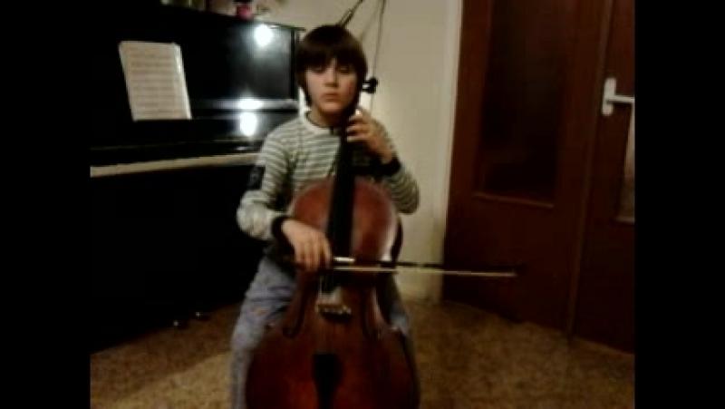 Маленький Жорик ( лет 7-ми) играет Андантино Хачатуряна.