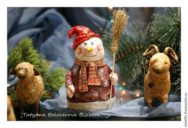 Снеговик из прошлого (вата и папье-маше)