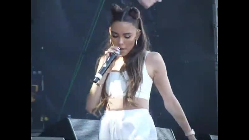 Madison Beer singing All Day Night at Beale Street Music Festival, May 5th, 2019