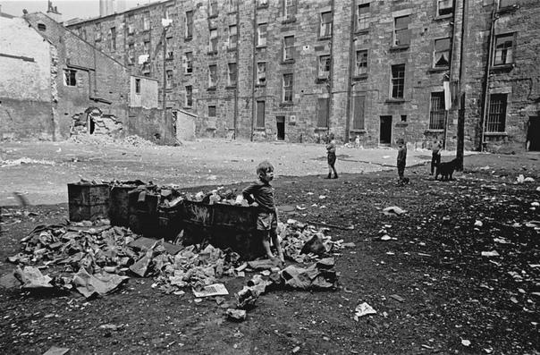 Серия фотографий Глазго, Шотландия, 1970-е. Фотограф: Nic Hedges.