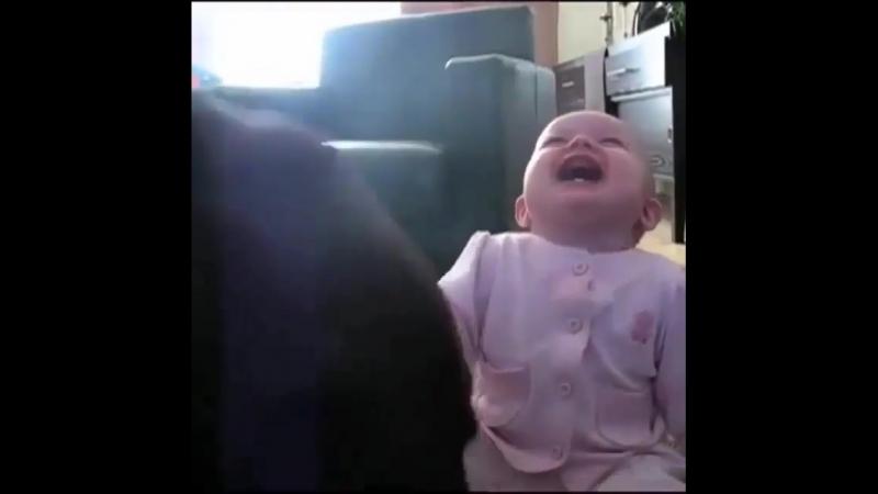 Детский дикий смех