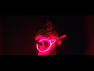 «Свинья» – отрывок из фильма – в кино с 19 апреля
