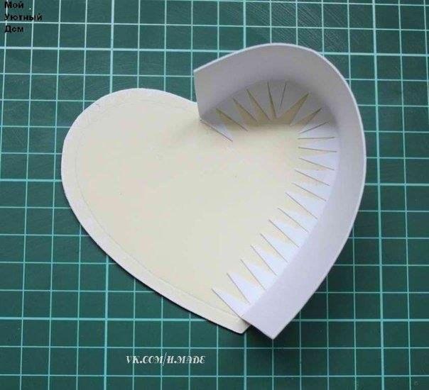 Коробка сердце из картона