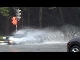 Сильный дождь этим вечером вызвал серьёзные затруднения на московских дорогах - Первый канал
