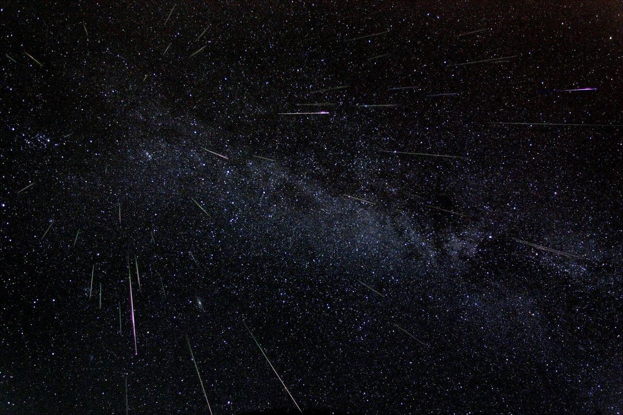 Звездопад Персеиды в августе фото