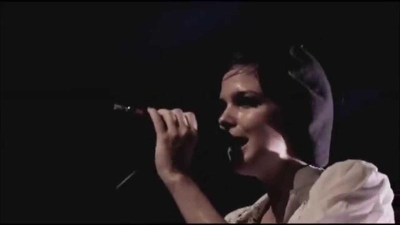 La Femme, Télégraphe (live, juillet 2013 • Mystère, Psycho Tropical Berlin).