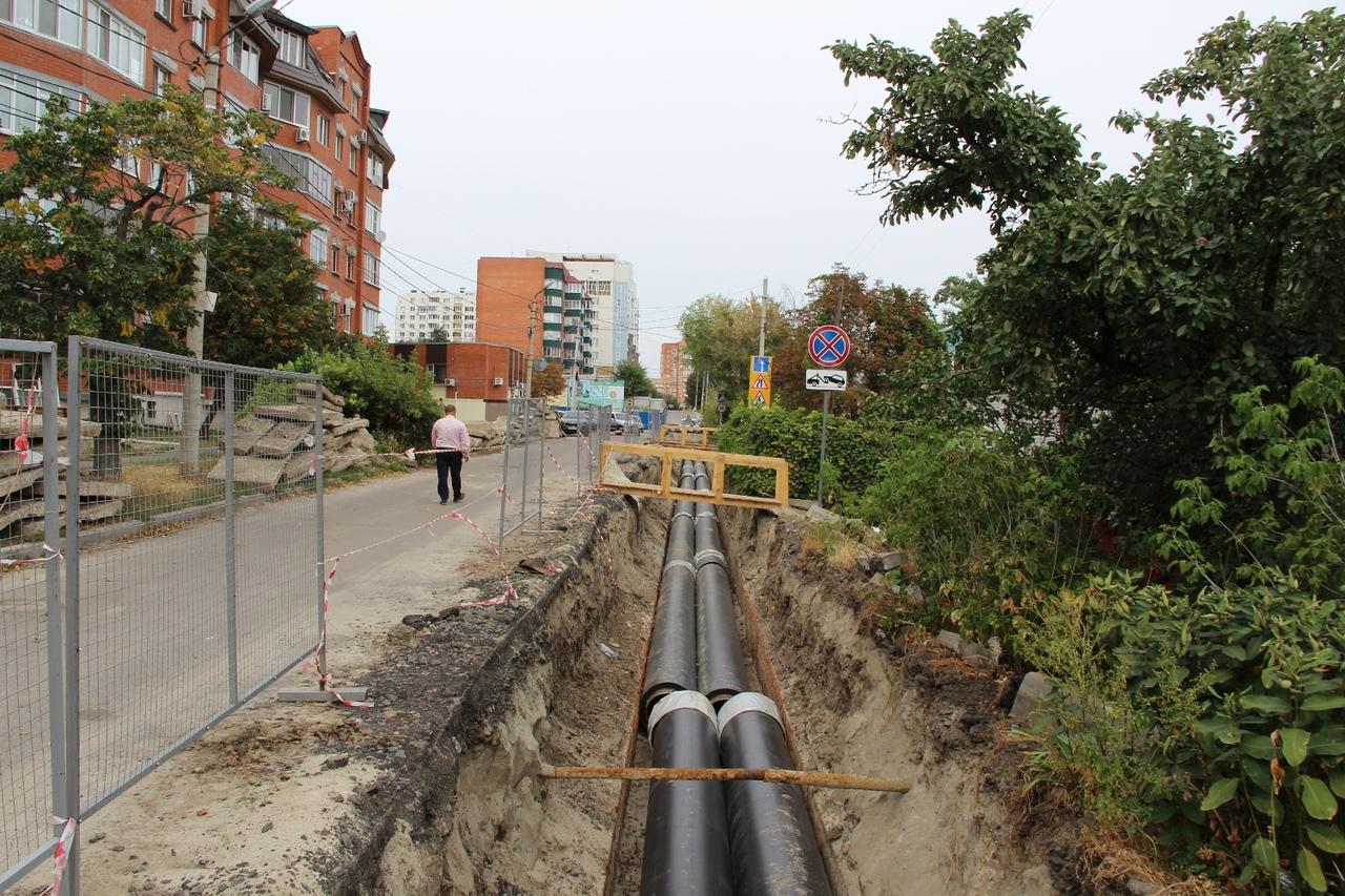 На улице Володарского теплоэнергетики завершили демонтаж старых труб