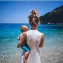 Счастья в жизни много, а семья - одна.