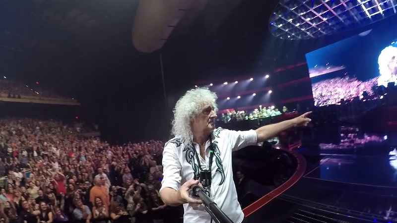 Selfie stick from Queen Adam Lambert The Crown Jewels Live @ Park MGM Theatre, Las Vegas, 21st Sep