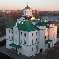 Молодёжные встречи в Богородице-Алексиевском мон