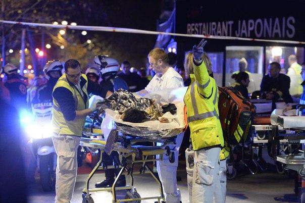 Серия атак в Париже: более 150 человек погибли в результате крупнейшего теракта в истории Франции