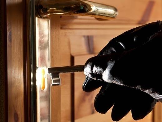 Таганрожца задержали за серию квартирных краж