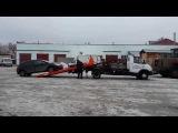 Погрузка автомобиля на эвакуатор в Нижнем Новгороде - компания
