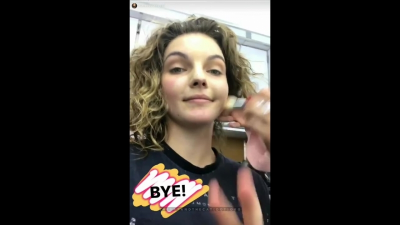 Camren Bicondova on the set of Gotham season 3 - November 17 2016