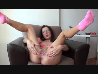Camilla moon - i like masturbate to orgasm in pink socks
