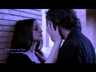 Ana Gabriel - Es El Amor Quien Llega